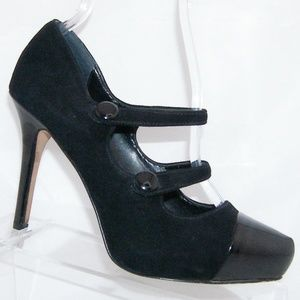 White House Black Market Mandy black heels 6.5M